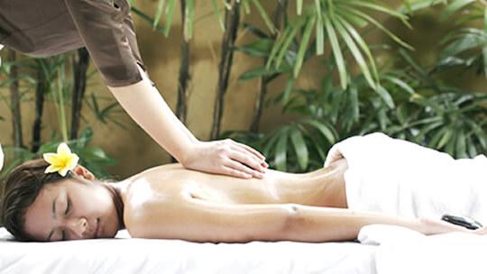 "Traditional Thai-style Massage Salon ""Refur"""