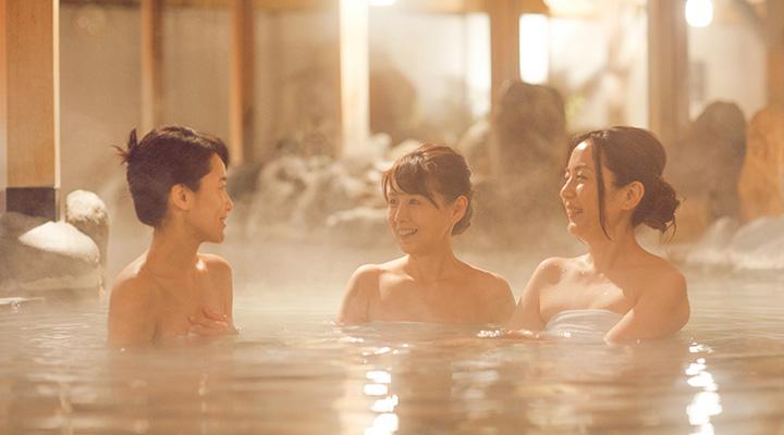毎日運ばれる天然温泉でリラックス