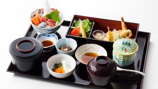 Sushi and Sashimi,Tempura